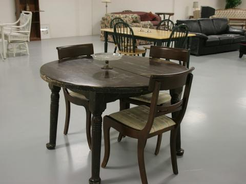 Furniture Stores USA